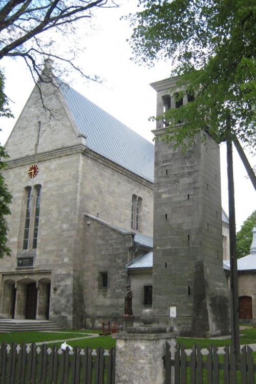 Kościół parafialny w Gołczy