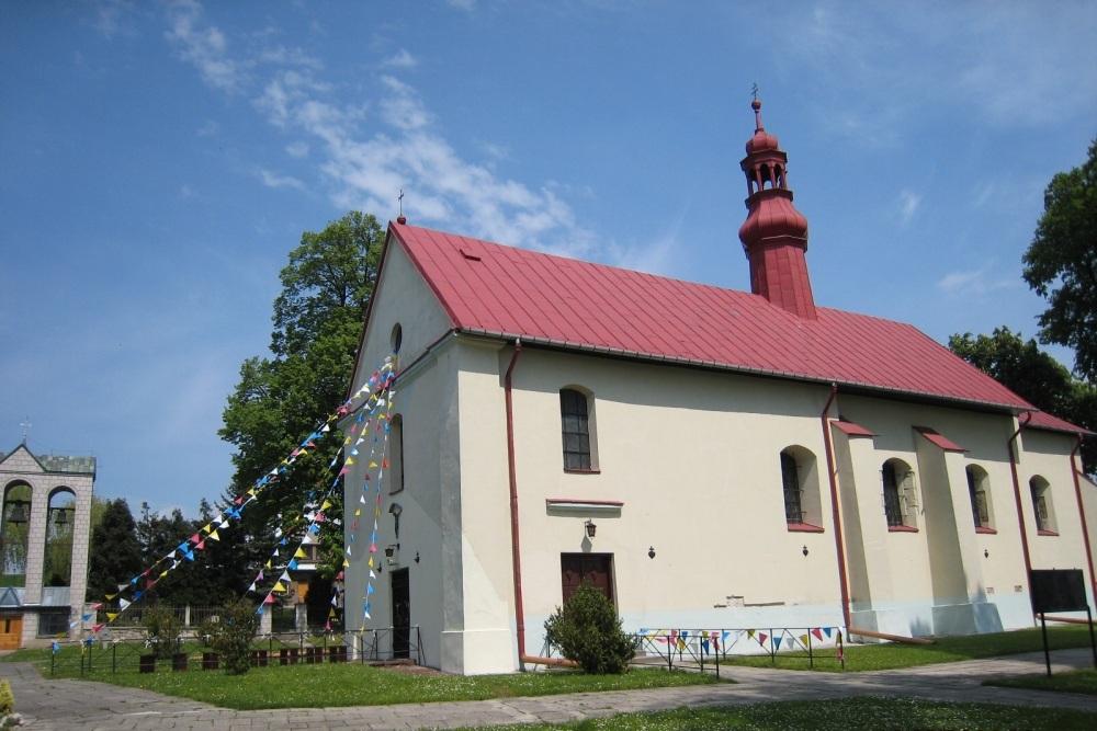 Kościół parafialny w Uniejowie wybudowany przez bożogrobców datowany na rok 1470