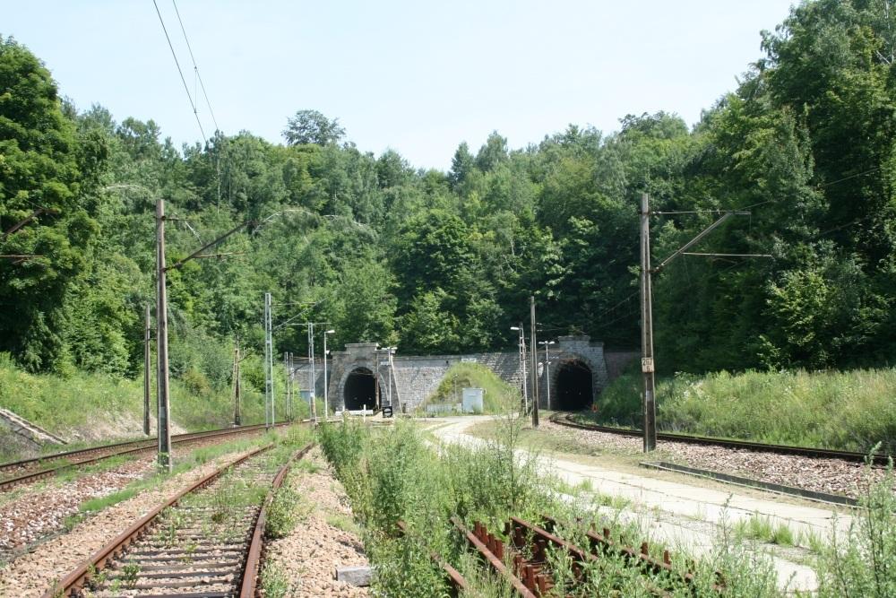 Stacja kolejowa Tunel